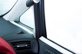アクセントラインセット 30系ALPHARD&VELLFIRE 運転席側イメージ ホワイト×ブラック