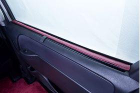 アクセントラインセット 80NOAH&VOXY&ESQUIRE専用 ブラック×ボルドー 後部ドア